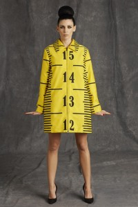 Moschino 9 Yes