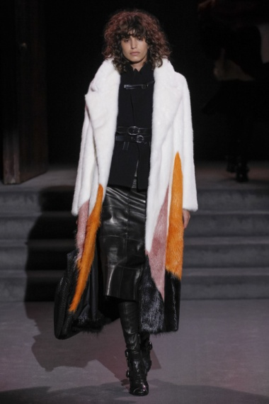 tom-ford-colorful-furs-5