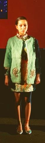 yuna-yang-lighting-candle-print-tunic-with-sky-blue-fur-coat
