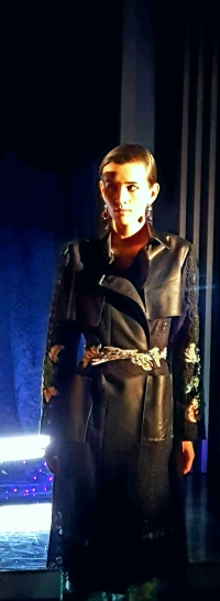 yuna-yang-yy-signature-austrian-lace-trench-coat-with-lace-pants